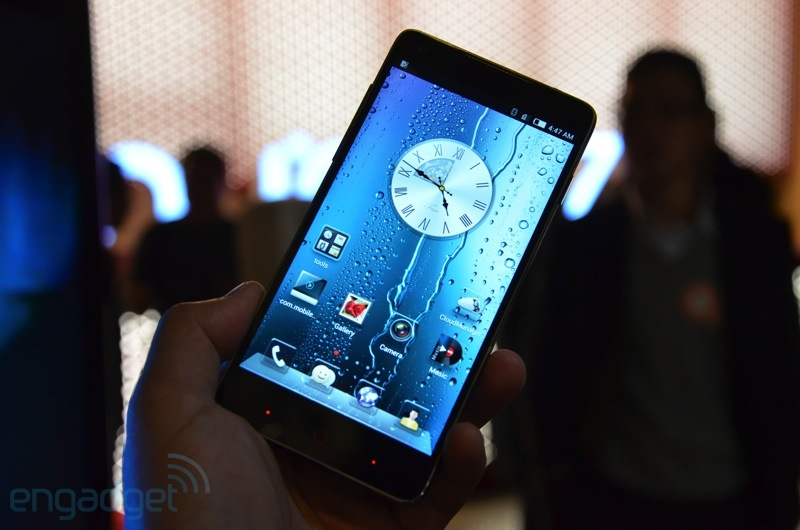 nubia-z5-hands-on2012-12-26-10