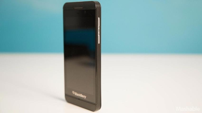 BB-Z10-Unboxing14