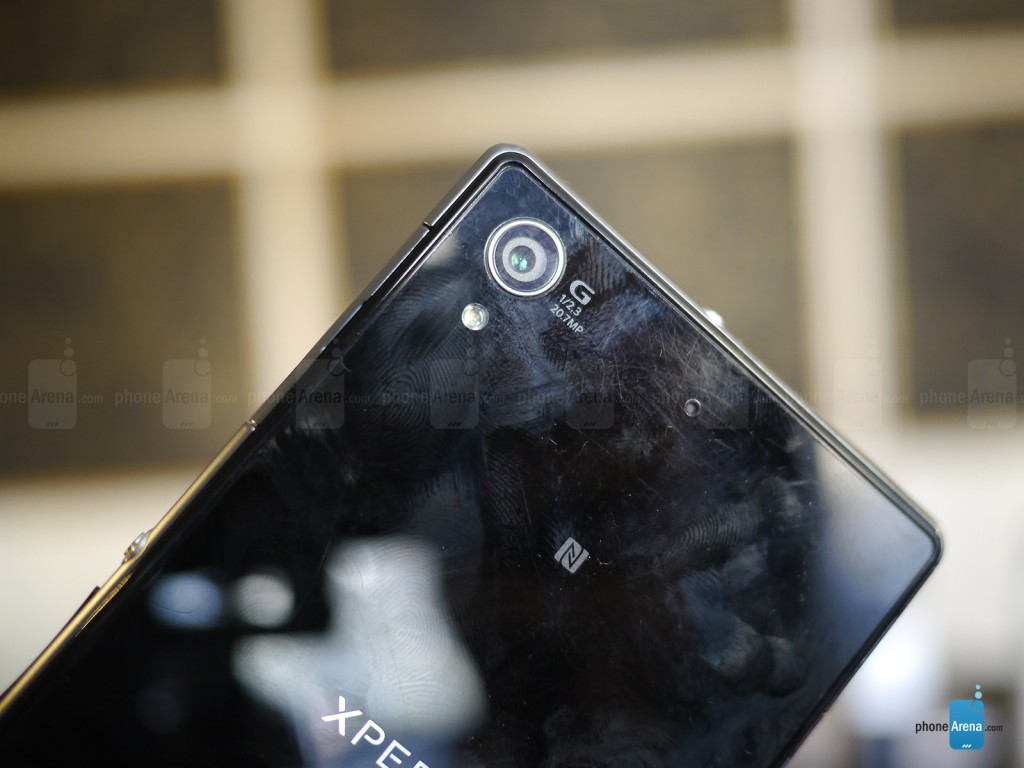 Sony-Xperia-Z1S-hands-on-10