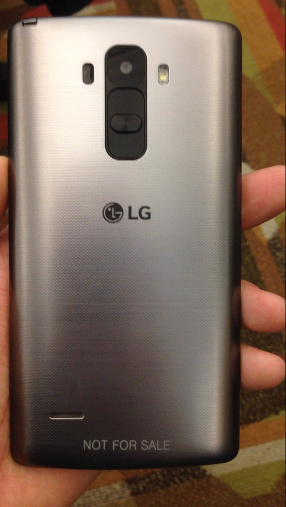 Photos-allegedly-showing-the-LG-G4-or-G4-Note (2)