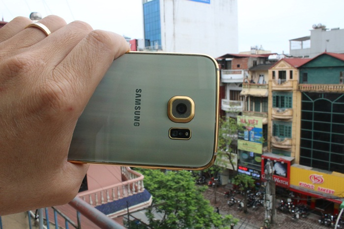 Gold-plated-Samsung-Galaxy-S6--amp-S6-edge (3)