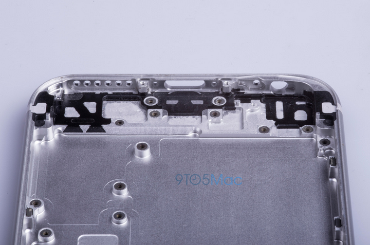 Images-showing-alleged-housing-for-the-Apple-iPhone-6s (3)