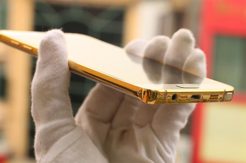 The-gold-plated-Samsung-Galaxy-Note5 (6)